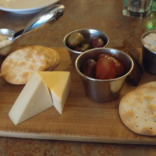 Vegan Cheese Plate @ Merge