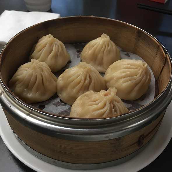 Shanghainese Dumplings XLB