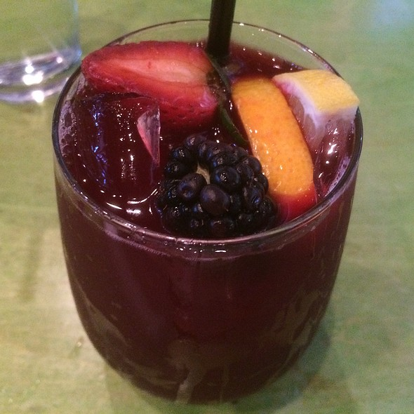 Red Sangria @ Mad Mex