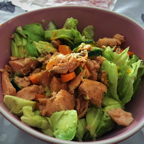 Lettuce, Salmon And Local Spices @ ./lsd Cooking Pot