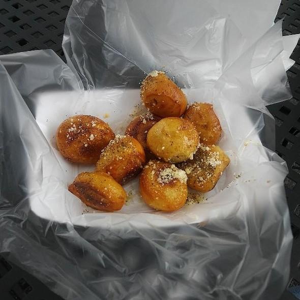Garlic Parmesan Pretzel Bites