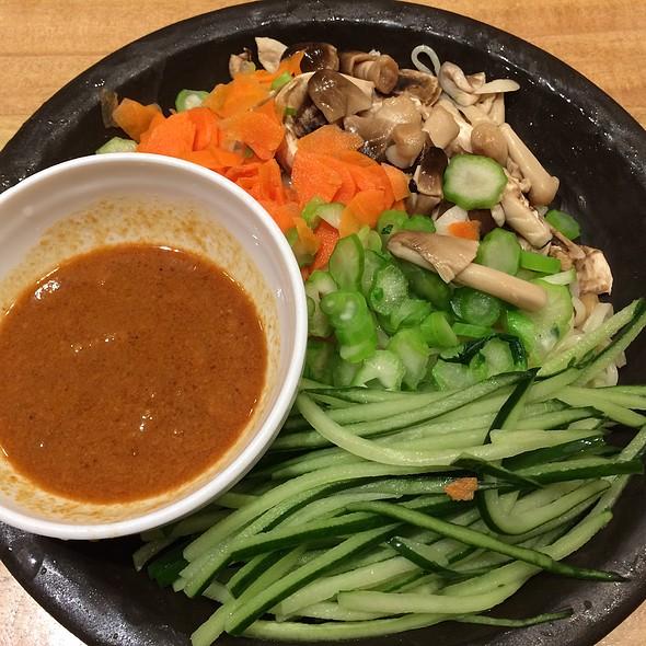 Vegetable Cold Noodles
