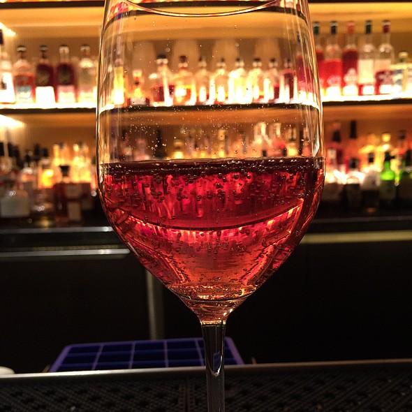 Ruinart Champagne Brut Rose