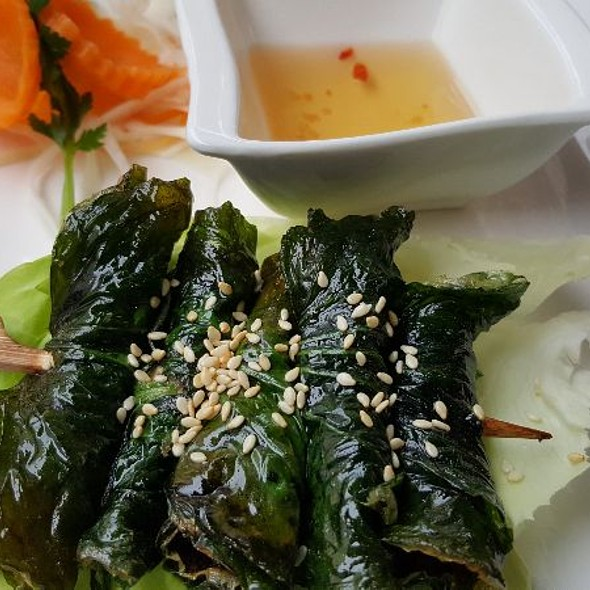 Bo La Lot - Minced Beef wrapped in Betel Lea