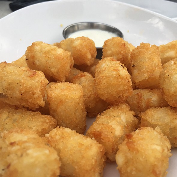 Tatertots @ The Counter
