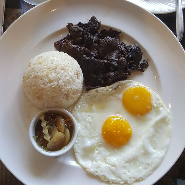 Tapsilog @ Le Bar - Sofitel Philippine Plaza - Manila