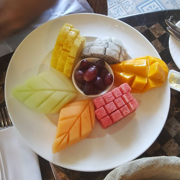 Assorted Fruits Platter @ Le Bar - Sofitel Philippine Plaza - Manila