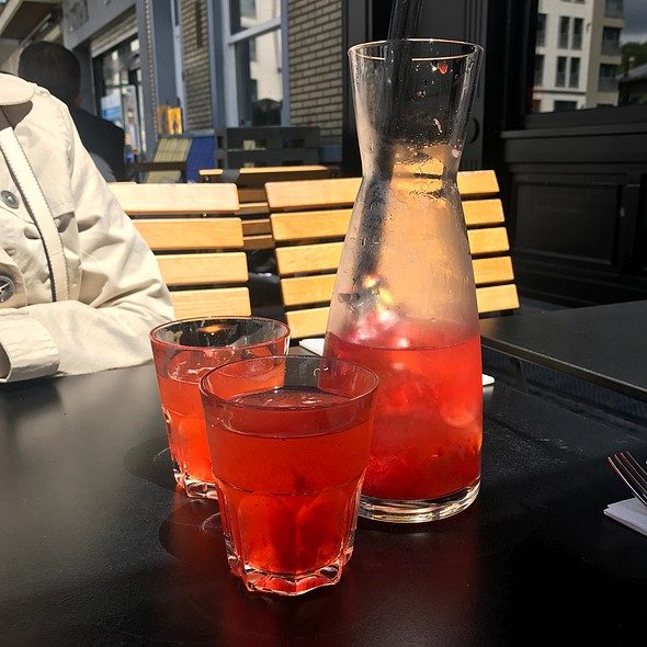 Homemade Strawberry Lemonade @ Ellis Gourmet Burger
