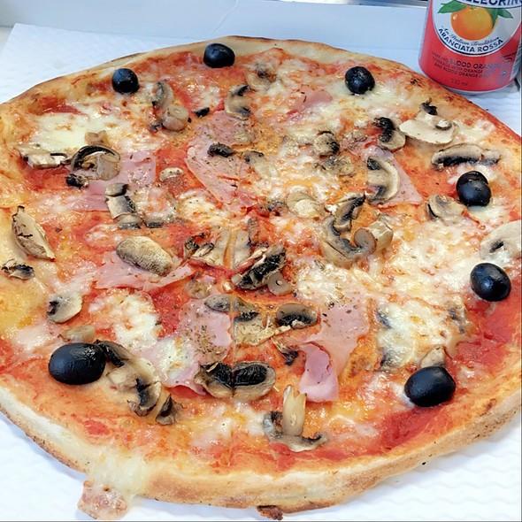 La Reine @ Pizza Express Restaurants