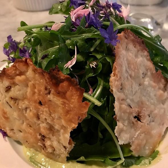 Arugula Salad With Green Garlic Sauce