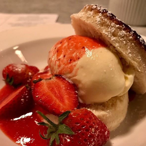 Cream Biscuit, Fresh Strawberries, And Sour Cream Ice Cream