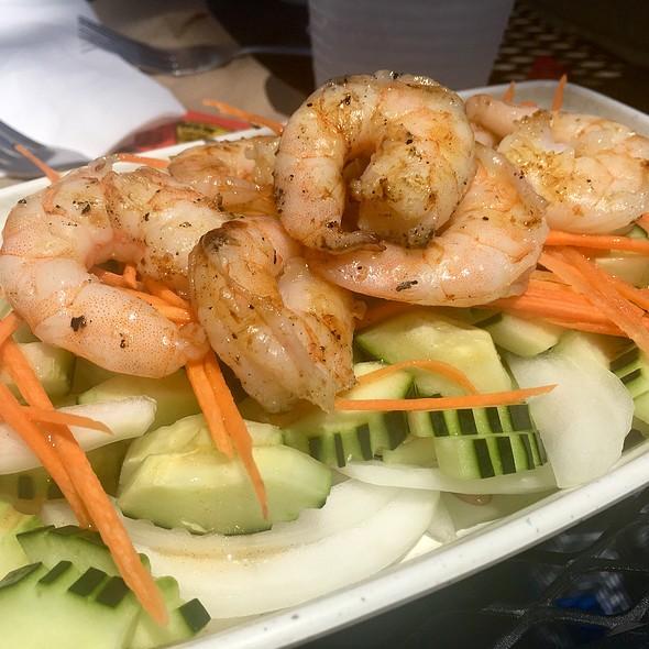 Cucumber Salad With Grilled Shrimp