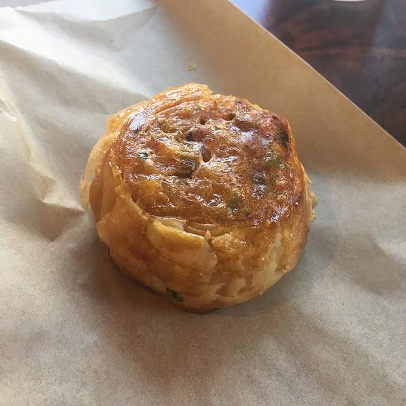 Small Pizza Bureka @ Frena Bakery and Cafe