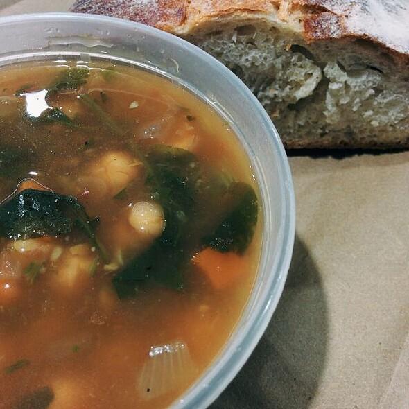 Moroccan Chickpea Soup @ Souper Market