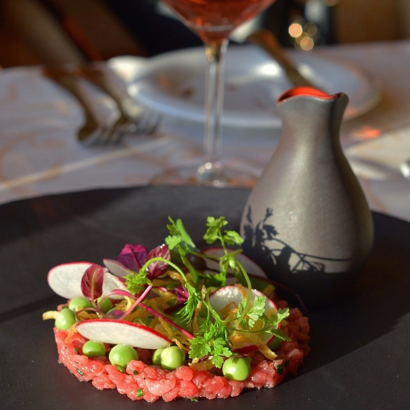 steak tartare @ Baltic Queen M/C