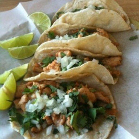 Pollo Taco @ La Huasteca