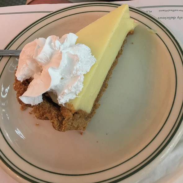 Key Lime Pie @ Versailles Restaurant
