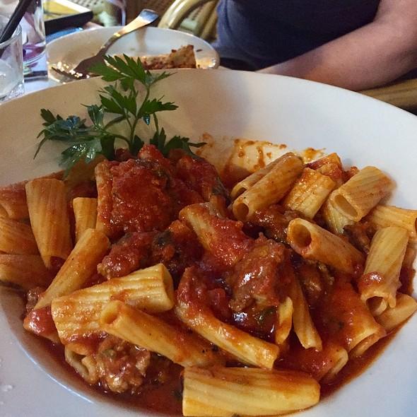 Rigatoni Bolognese @ Tavern On Rush