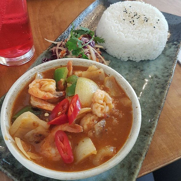 Chilli Prawns With Rice
