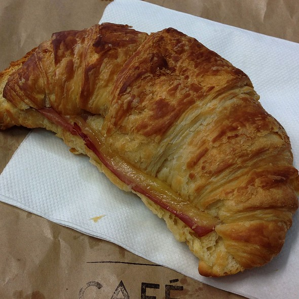 Ham, Cheese and Tomato Croissant