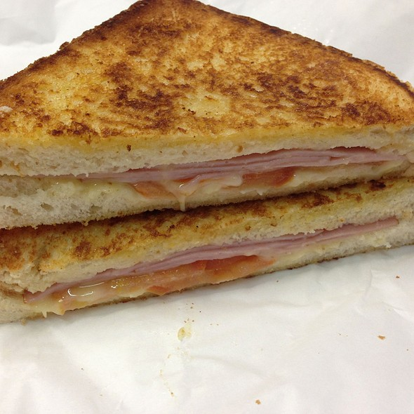 Ham, Cheese & Tomato Toasted Sandwich