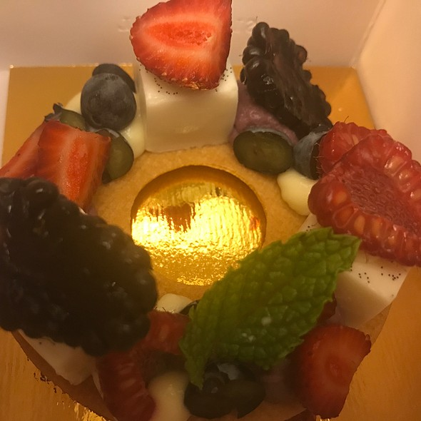 Red Fruit Tart @ The Bazaar by Jose Andres