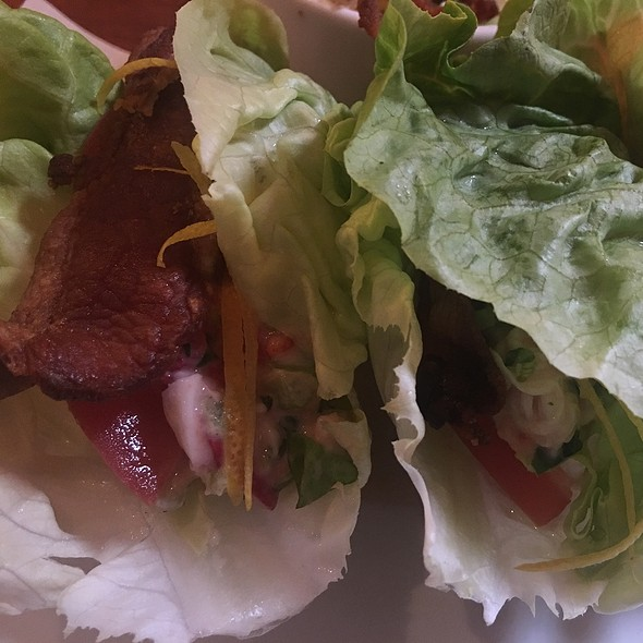 Lobster Blt Lettuce Wraps