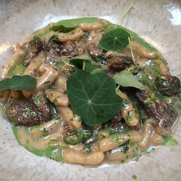 Wild Morel Mushroom Cavatelli, Goat Gouda & Nettle Cream