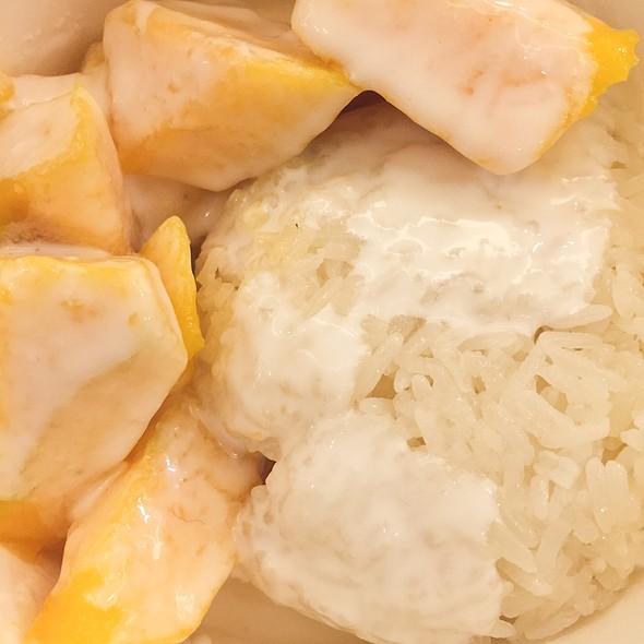 Mango Sticky Rice @ Chapayom Grand Indonesia