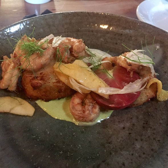 Fried Green Tomatoes With Shrimp, Peaches, And Fennel