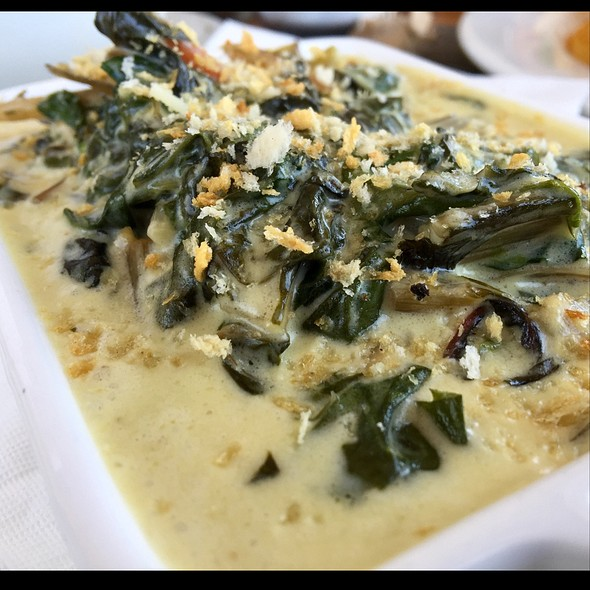 Creamed Spinach And Rainbow Chard