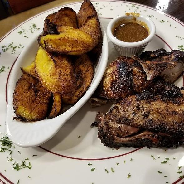 Jerk Chicken @ Irie Island JERK Chicken