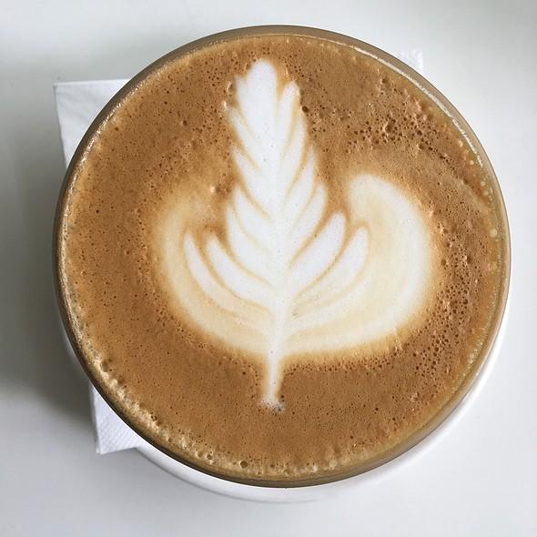 Crème Brûlée latte @ Pies & Coffee