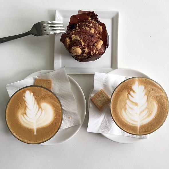 1-For-1 Tea @ Pies & Coffee