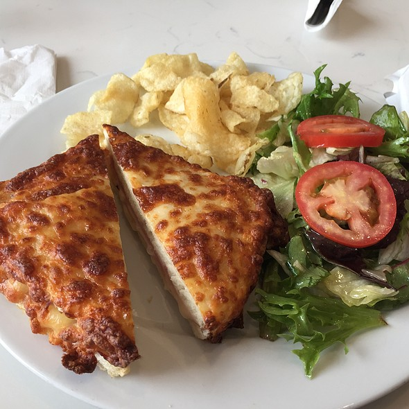 Crocque Monsieur  @ Flo Paris