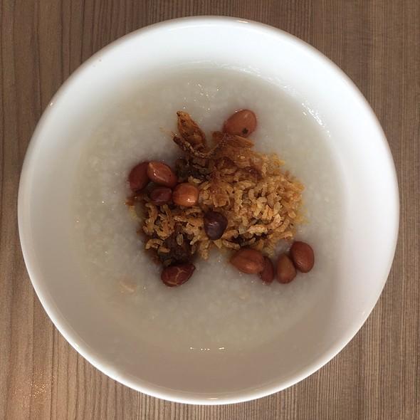 Chicken Porridge With Sambal And Peanuts