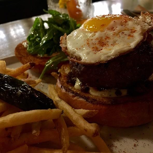 Urbana Burger @ Urbana