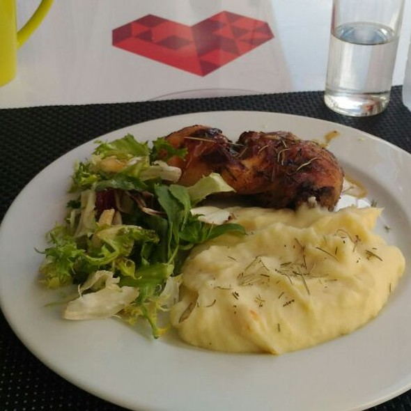 Baked Chicken With Mashed Potatoes