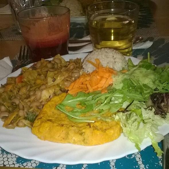 Sweet potatoes, Lentils and Orange Burger