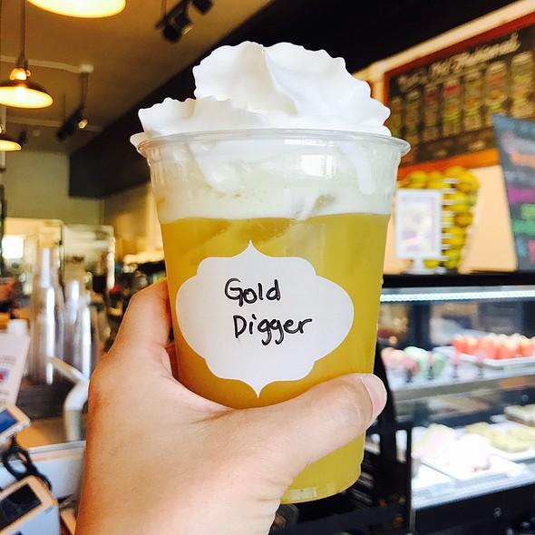 Gold Digger @ Teaquation
