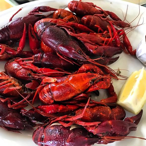1/2 Lb. Of Crawfish @ The Gumbo Pot