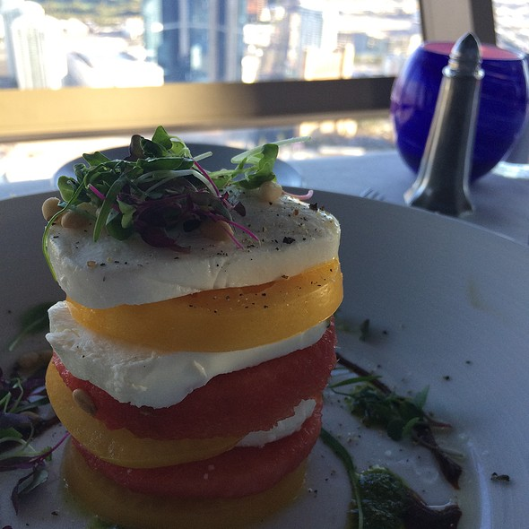 Caprese Salad @ Stratosphere
