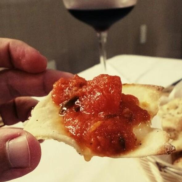 Torrada De Pizza Com Pomodoro @ Bodega e Pizza