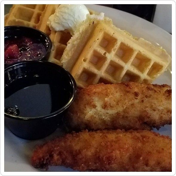 Chicken and Waffles @ Off The Strip