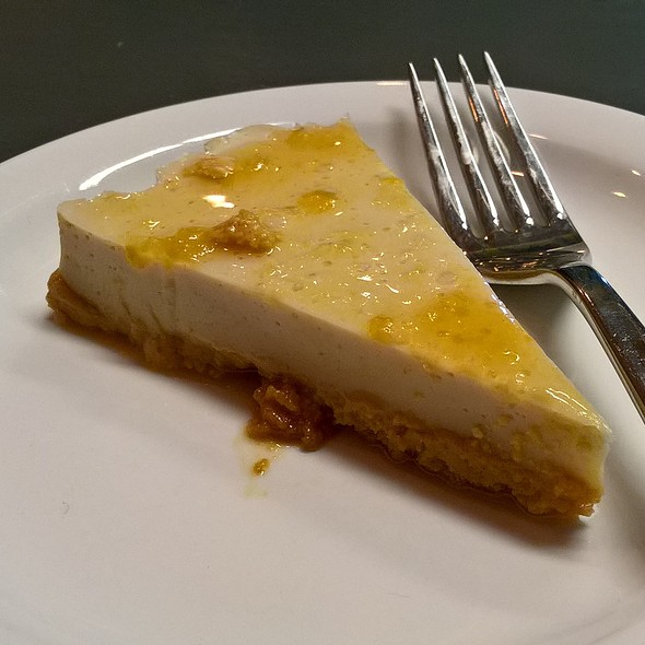 Vegan Cheesecake @ Natural Bake