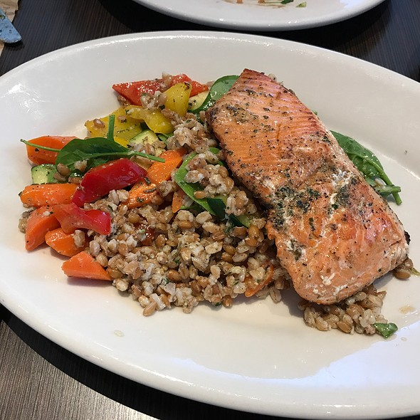Wild Salmon With Roasted Vegetables And Farro