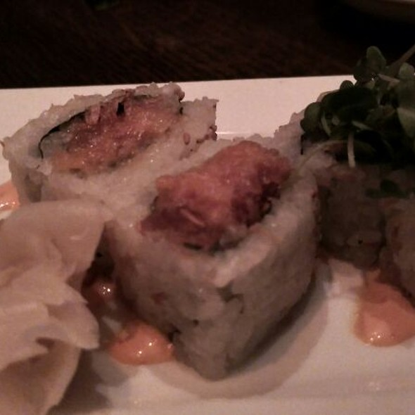 Spicy Hamachi Roll
