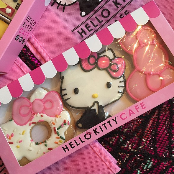 Hello Kitty Cafè 3 Piece Cookie Set