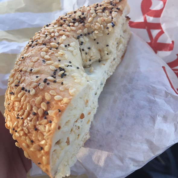Everything Bagel With Herb And Garlic Cream Cheese