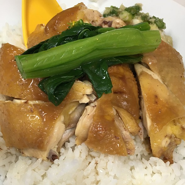 Soy Sauce Chicken Rice @ Wai Kee 清真惠記